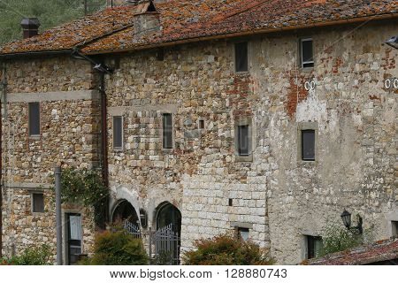 facade of farmhouse in rural area toscana italy
