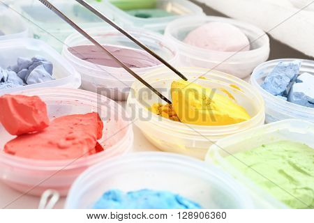 Workshop artistic, painting pigments. color palette, color picker