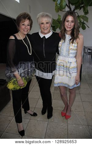 PALM SPRINGS - APR 27: Lorna Luft, Alison Balnar at a cultivation event for The Actors Fund at a private residence on April 27, 2016 in Palm Springs, California