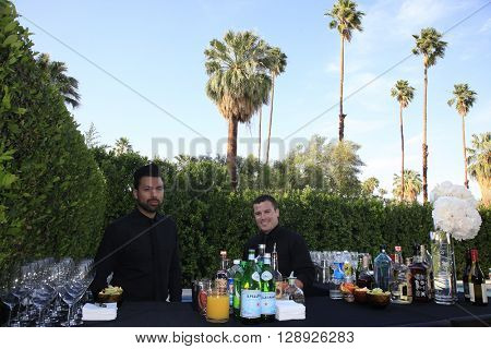 PALM SPRINGS - APR 27: General Atmosphere at a cultivation event for The Actors Fund at a private residence on April 27, 2016 in Palm Springs, California