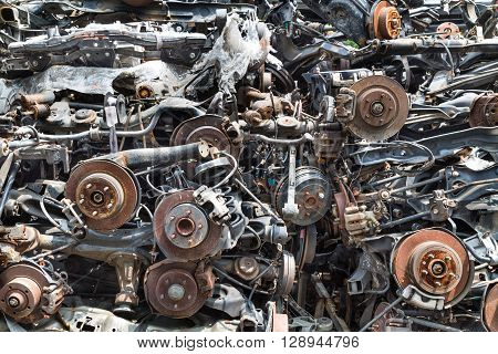 Heaps Of Used Old Auto Disk And Drum Brake Parts