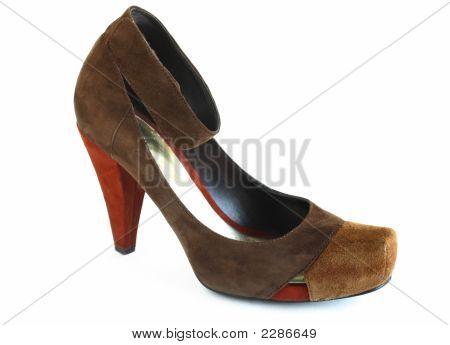 Fashionable Pump Shoe