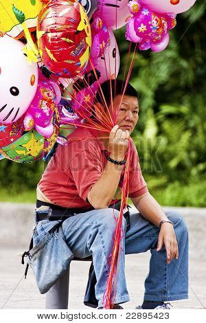Balloon Vendor In Taipei,taiwan,may 18