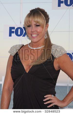 LOS ANGELES - 5 de AUG: Mary Murphy al llegar a la fiesta de FOX TCA verano 2011 en Gladstones en agosto