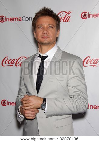LAS VEGAS - APR 26:  JEREMY RENNER arrives afor the Cinema Con 2012-Final Night Awards  on April 26, 2012 in Las Vegas, NV