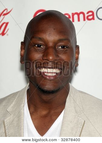 LAS VEGAS - APR 26:  TYRESE GIBSON arrives afor the Cinema Con 2012-Final Night Awards  on April 26, 2012 in Las Vegas, NV