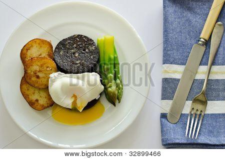 black pudding brunch meal