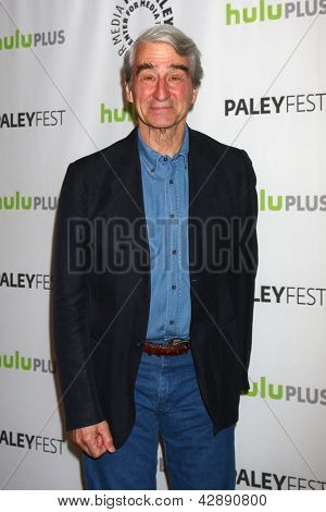 LOS ANGELES - MAR 3:  Sam Waterston arrives at the