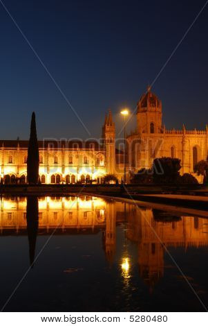 Hieronymites Monastery In Lisbon (sunset)