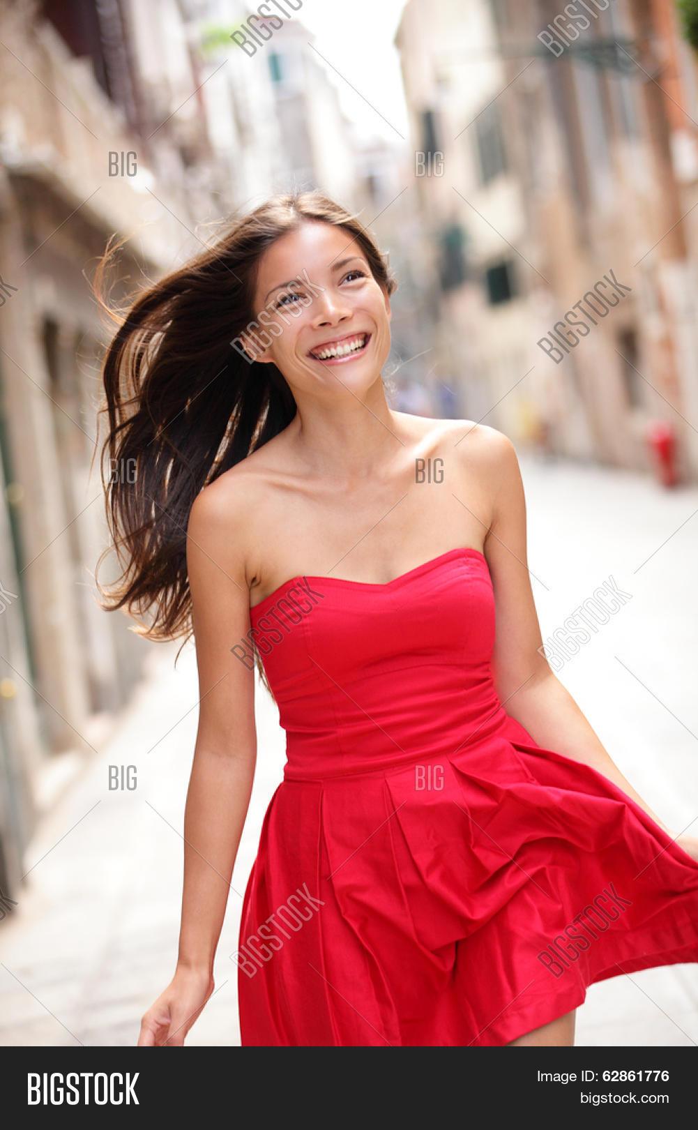 penn run single asian girls Kal penn was born and raised in montclair,  - run (2018)  seth wright  2016 better off single brice 2016 new girl (tv series).