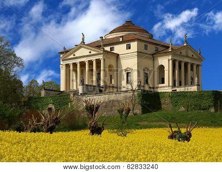 Wonderful Palladian Villa Called La Rotonda In Vicenza 7