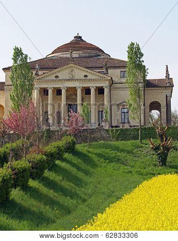 Wonderful Palladian Villa Called La Rotonda In Vicenza 13