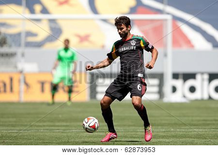 CARSON, CA - APRIL 6: Los Angeles Galaxy M Baggio Husidic (6) during the MLS game between the Los Angeles Galaxy & Chivas USA on April 6th 2014 at the StubHub Center in Carson, Ca.