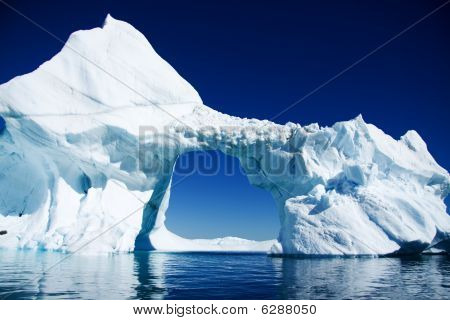 Antarctic arched iceberg