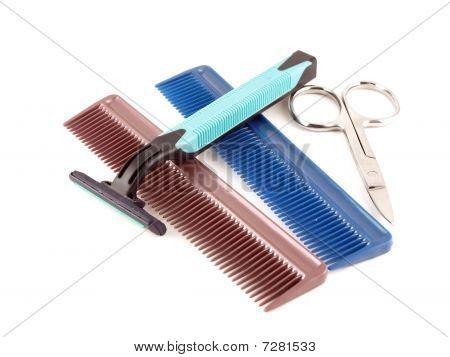 Rasiermesser, Scheren und Kämme