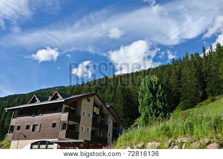 Hotels In Alps