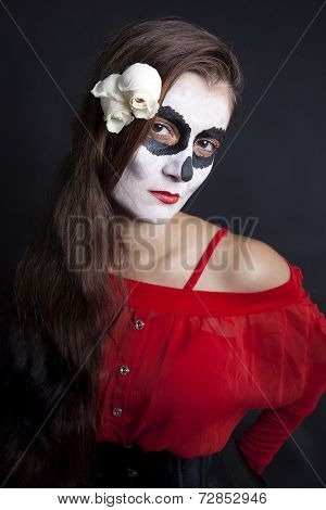 Woman With Makeup Of La Santa Muerte With White Roses