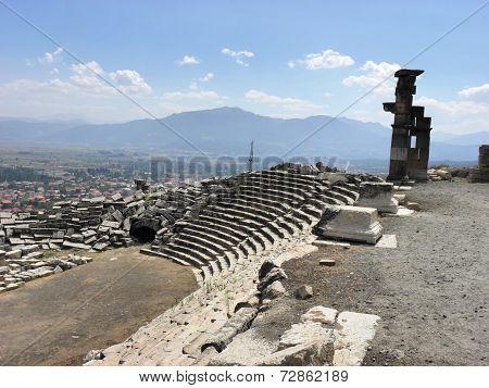 The  stadium in the ancient city Kibyra.