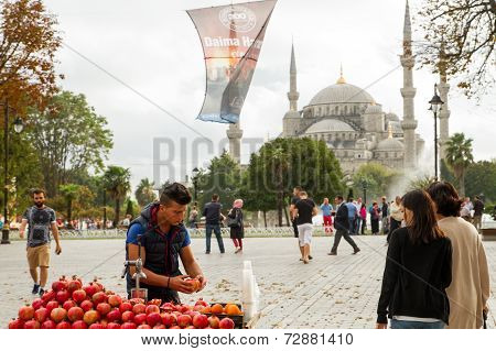 Street seller Istanbul