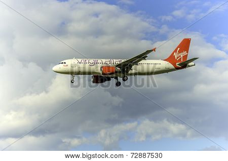 Virgin Atlantic Airways aircraft EI-EZV
