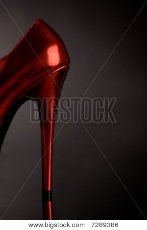 Red sexy shoe with heel