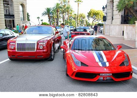 Rolls-royce Drophead Coupe And Ferrari 458 Italia Speciale
