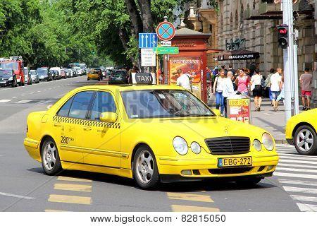 Mercedes-benz W210 E-class