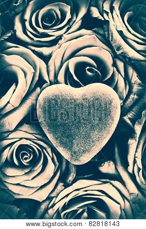 Heart On Top Of Red Roses - Toned