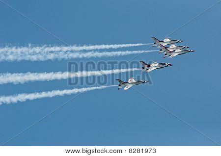 Thunderbird Show