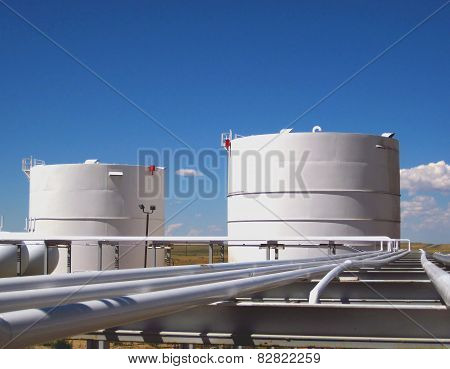 Oil Storage Containers