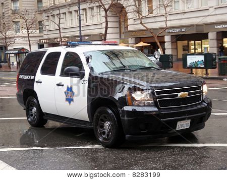 Ford Explorer Sfpd Cop Vehicle Rolls Down Market Street