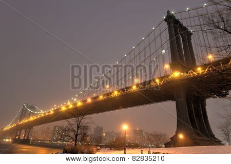 Manhattan Bridge, Snowstorm