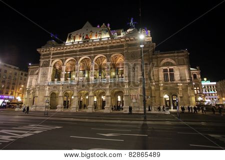 VIENNA, AUSTRIA - OCTOBER 10:  Vienna State Opera House (Staatsoper). Vienna, Austria on October 10, 2014.