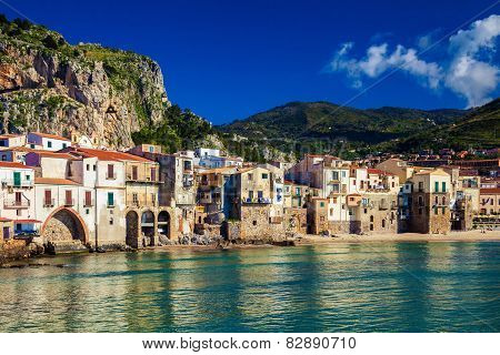 Cozy Old Houses In The Port Of Cefalu