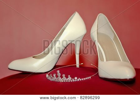 wedding shoes and diadem