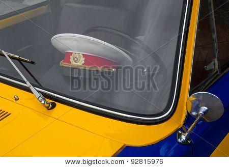 Police Retro Car