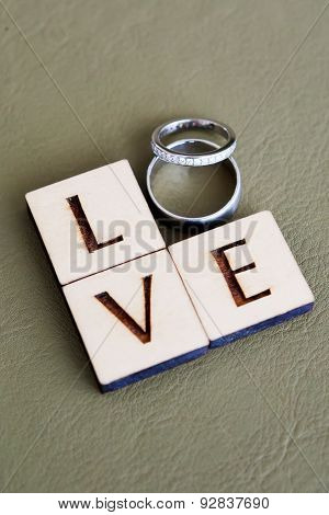 Wedding Rings, Love