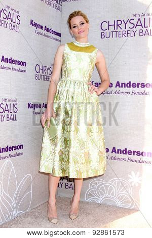 LOS ANGELES - JUN 6:  Elizabeth Banks at the 14th Annual Chrysalis Butterfly Ball at the Private Residence on June 6, 2015 in Los Angeles, CA