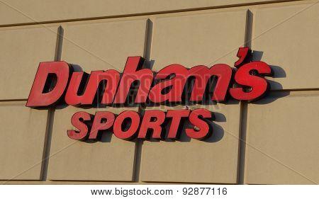 Dunham's Canton Store Logo