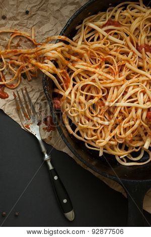 Linguine With Red Sauce In A Cast Iron Pan