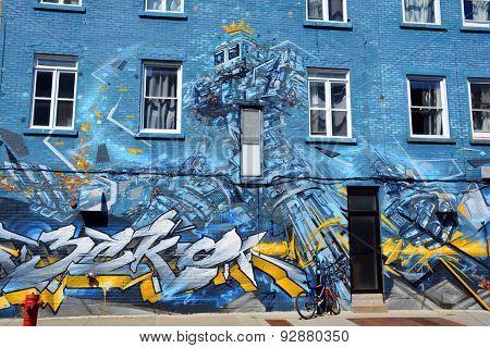 Street art robot