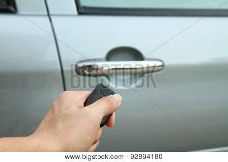 Lock the car by remote