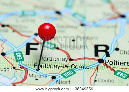 Fontenay-le-Comte pinned on a map of France