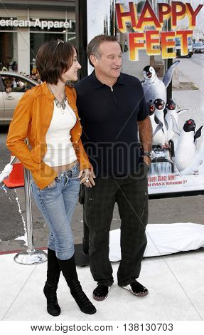 Robin Williams and daughter Zelda Williams at the World premiere of 'Happy Feet' held at the Grauman's Chinese Theatre in Hollywood, USA on November 12, 2006.