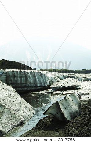 Ice dissolution