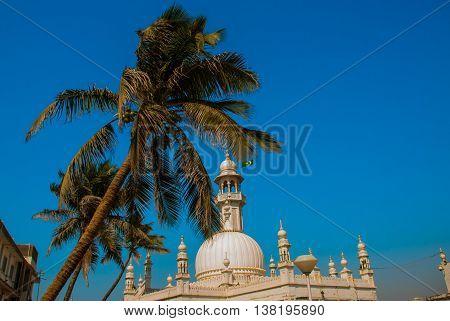 Mosque Haji Ali. Mumbai, India.