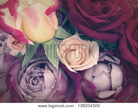 roses in the vintage arrangement