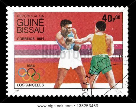 GUINEA BISSAU - CIRCA 1984 : Cancelled postage stamp printed by Guinea Bissau, that shows Boxing.