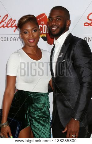 LOS ANGELES - JUL 12:  Jada Crawley Paul, Chris Paul at the 2nd Annual Sports Humanitarian Of The Year Awards at the Congo Room on July 12, 2016 in Los Angeles, CA