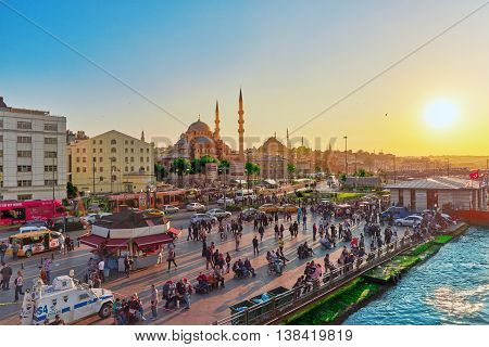 Istambul,turkey- May 07, 2016:  Istanbul View Of The Sunset In The Rays Of The Sun. People On The Pr